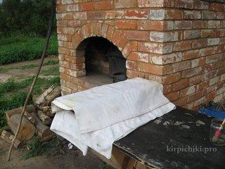 Хлеб остывает.
