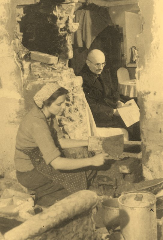 Подгородников И. С. 1953 г., постройка печи